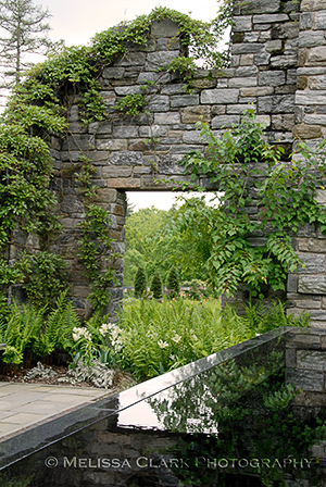 Chanticleer Garden, Minder Ruins