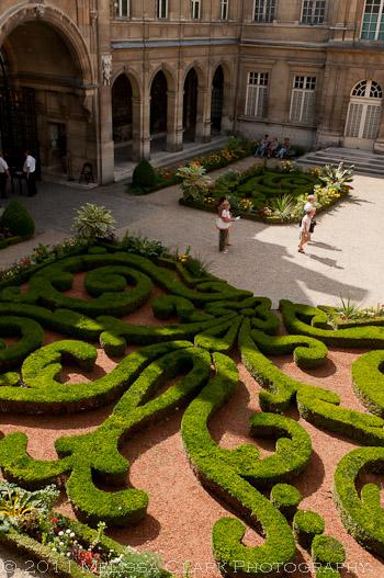 Carnavalet Museum, Carnavalet gardens, hotel particulier, Marais, Paris