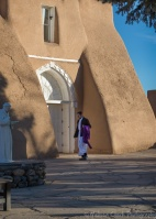 Priest, San Francisco de Asis Mission Church, Sunday morning